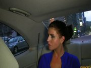 Taxifahrer fickt Kundin im Auto geiler Porn